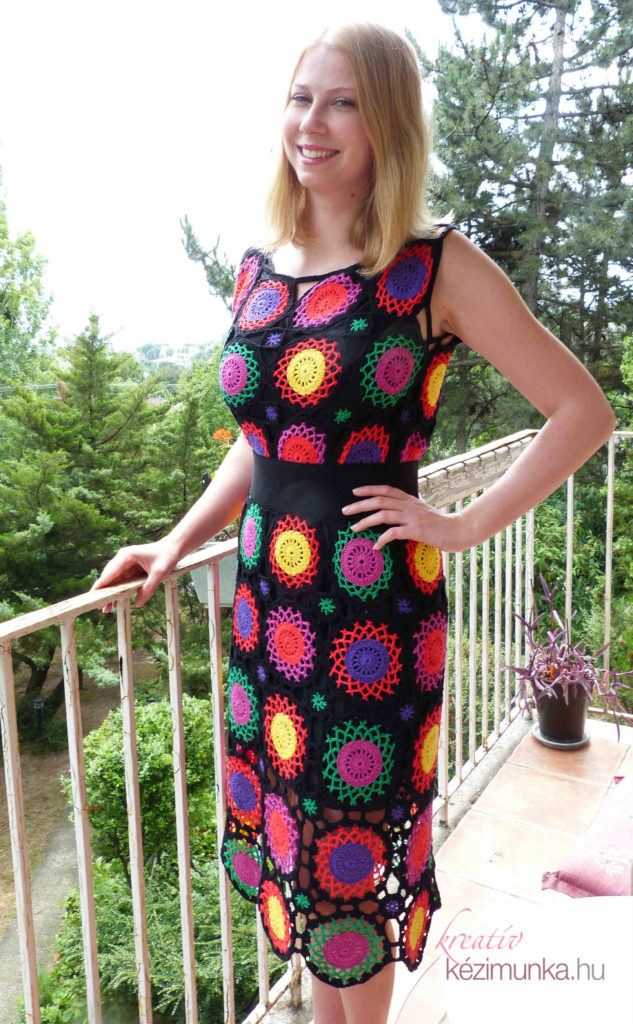 9fcef76bec Színes horgolt női ruha részletes leírása Lana blogjában